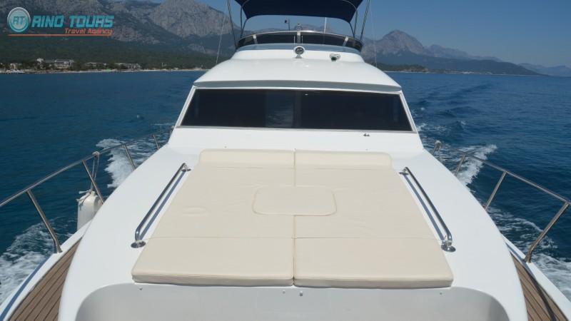 Индивидуальная яхта в Кемере